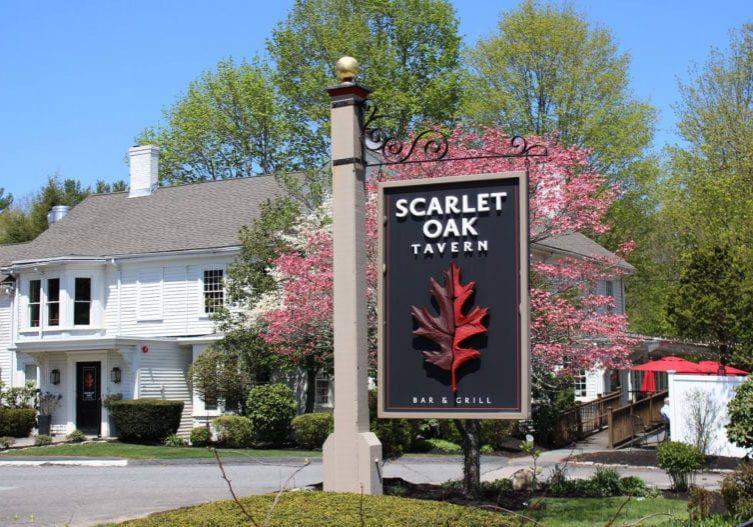 scarlet-oak-tavern-spring-mothers-day--768x527